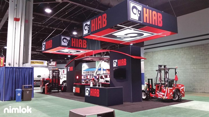 Hiab - 20x30 - custom modular exhibit