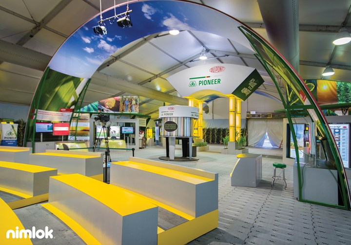 DuPont Pioneer - 50x100 - trade show exhibit